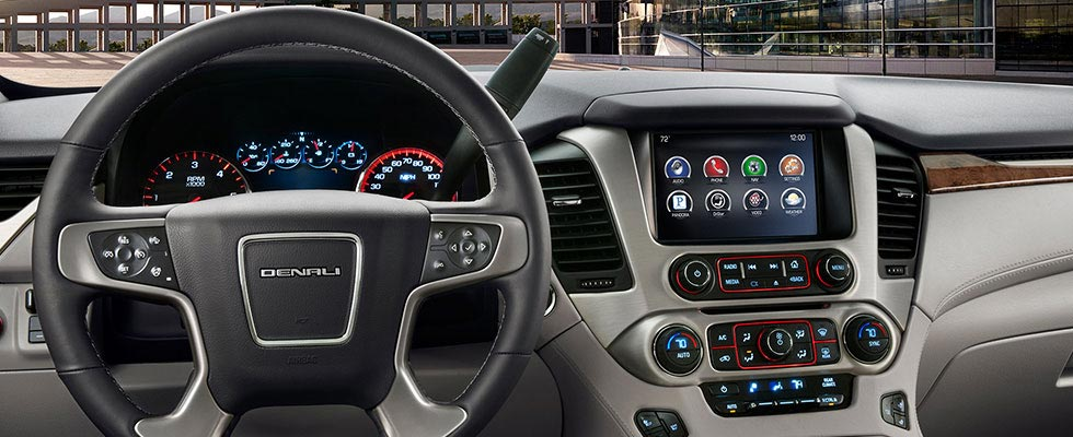 2017 Yukon Denali XL Interior Photos - GMC UAE